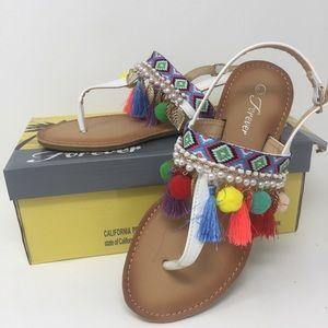 Forever Festive 6 Pom Pom Sandals White Size 6.5